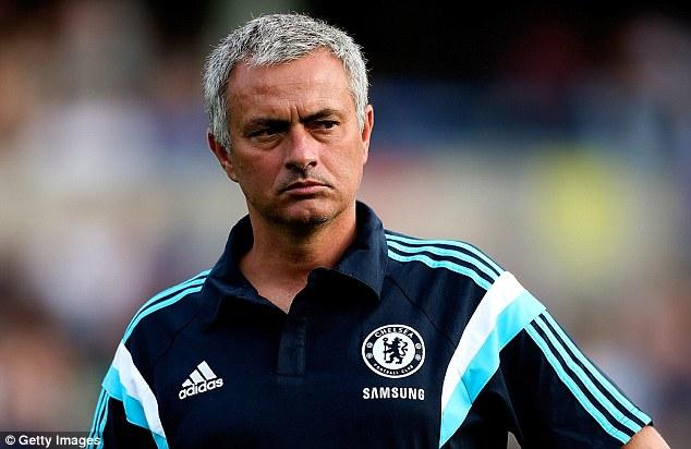 Mourinho đang cố gắng thuyết phục Khedira về Chelsea