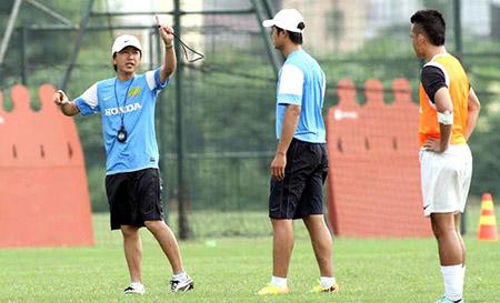 HLV Miura vẫn tham gia tập luyện bình thường với ĐT Việt Nam