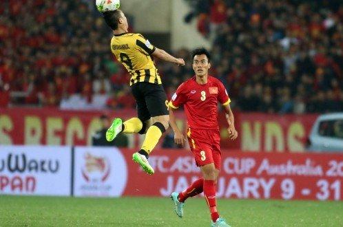 Phước Tứ giận dữ vì bị nghi ngờ bán độ trước Malaysia