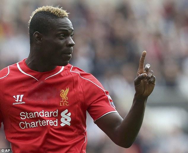 """Đã chơi không tốt ở Liverpool, Balotelli còn lĩnh án phạt """"không đâu"""""""