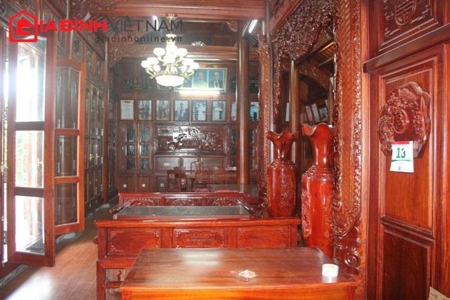 Ngôi nhà tự đường 5 gian, được làm từ 600 m3 gỗ đinh hương.
