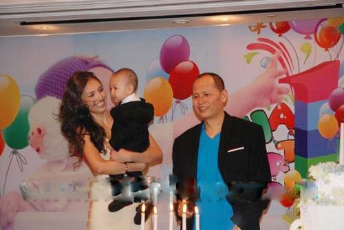 Những đại gia Việt lắm tiền, nhiều vợ - Ảnh 2