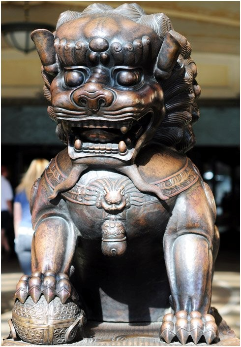 Sư tử đá Trung Quốc tung hoành khắp thế giới