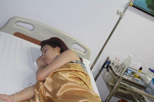 Hình ảnh tại bệnh viện sau khi Thúy Khanh bị uống nước độc