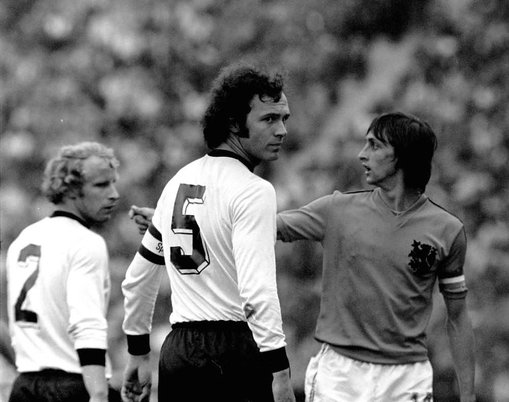 Franz Beckenbauer không chỉ xuất sắc về chuyên môn mà ông còn là thủ lĩnh tinh thần, giúp các đồng đội vượt qua muôn vàn khó khăn ở VCK World Cup 1974 để đến với chiếc cúp vô địch