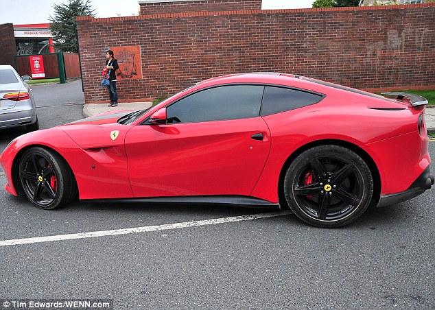 Chiếc xe Ý là động cơ yêu thích của Balotelli và ông đã thường xuyên phát hiện với nó ở Ý