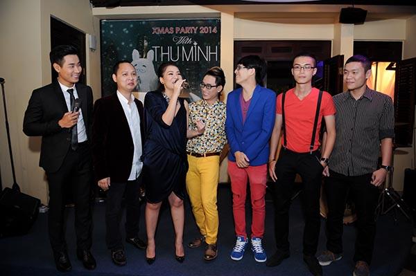 Trong chương trình, Thu Minh tổng kết lại 1 năm hoạt động sôi nổi khi tham gia vào nhiều sự kiện cộng đồng. Cũng trong dịp này, Thu Minh gửi lời cảm ơn đến ê kíp đồng hành cùng cô trong dự án âm nhạc sắp ra mắt.