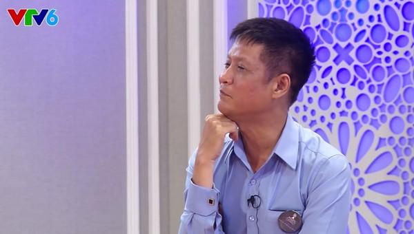 Đạo diễn Lê Hoàng phản pháo câu trả lời ứng xử của Hoa hậu Kỳ Duyên 3