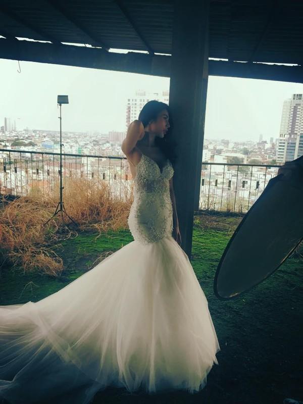 Hé lộ hậu trường chụp ảnh cưới của Công Vinh - Thủy Tiên 3