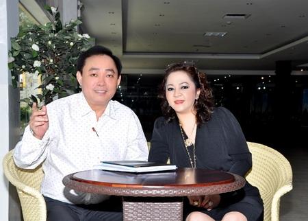 Những đại gia Việt lắm tiền, nhiều vợ - Ảnh 3