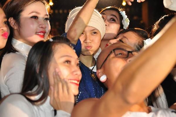 Câu chuyện cô gái Đà Nẵng xinh đẹp bị máu trắng khiến hàng triệu khán giả bật khóc 5
