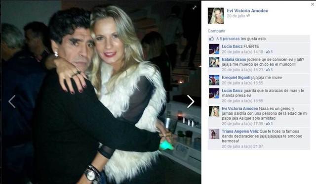 Trước Pamela, người ta cũng đã thấy Maradona ôm ấp 1 cô gái tóc vàng tên Eva Victoria Amodeo