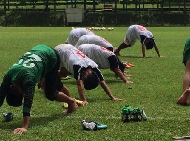 Tập luyện với chân đất