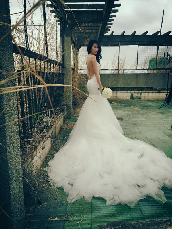Hé lộ hậu trường chụp ảnh cưới của Công Vinh - Thủy Tiên 6