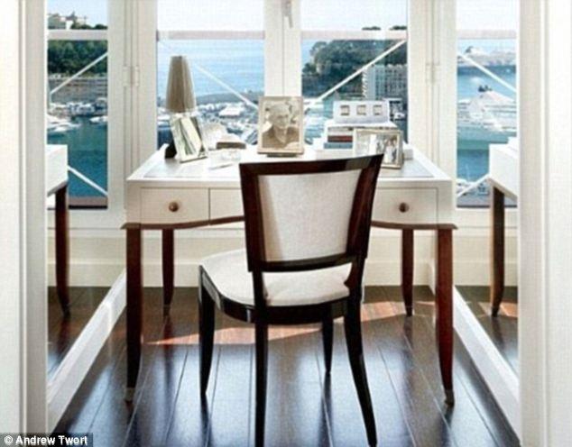 Biệt thự La Belle Epoque nhìn ra bến cảng Monte Carlo ở Monaco có giá cả trăm triệu bảng