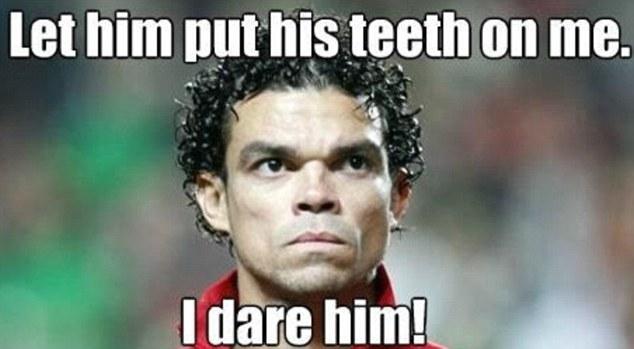 Thịt tươi?  Luis Suarez sẽ phải đối mặt với Pepe mùa giải tới trong những gì sẽ là một cuộc đụng độ nổ