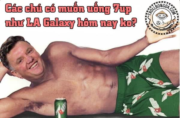 Van Gaal cũng là fan 7up??