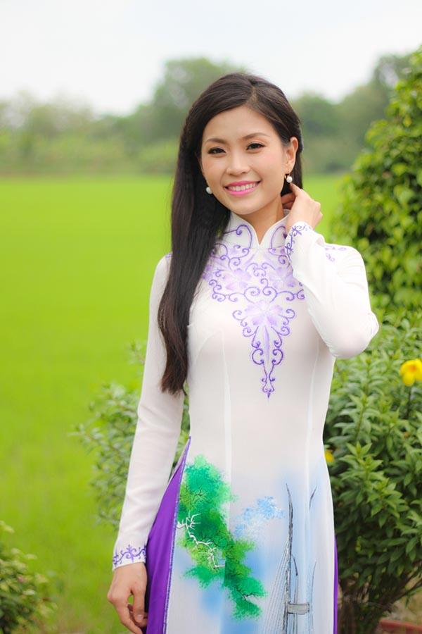 Với danh hiệu Á hậu 2 Hoa hậu Việt Nam 2014, Diễm Trang là người đẹp đầu tiên của Vĩnh Long đạt thành tích cao tại cuộc thi nhan sắc lớn nhất cả nước. Cô cũng là thí sinh duy nhất ở khu vực miền Nam lọt vào Top 5 Hoa hậu Việt Nam 2014.