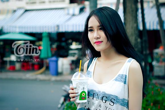 Gặp lại hot girl Vân Shi sau 2 năm mất tích