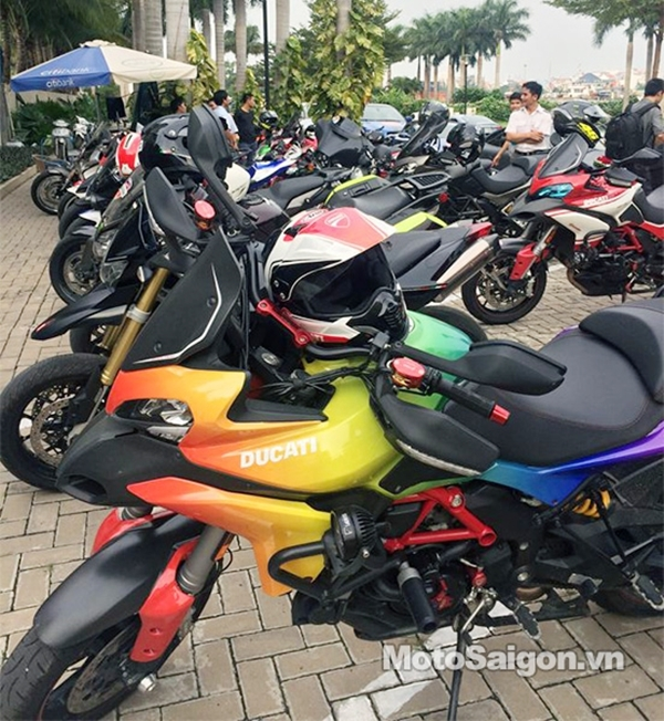 Ducati Multistrada (Giá từ 633 triệu tại Việt Nam).