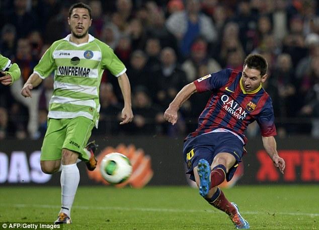 Messi mở hàng năm 2014 bằng 2 bàn thắng vào lưới Getafe