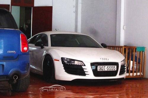 Audi R8 đăng ký biển tứ quý 5 ở Hà Nội, nhưng thuộc quyền sở hữu của một đại gia Thái Bình.