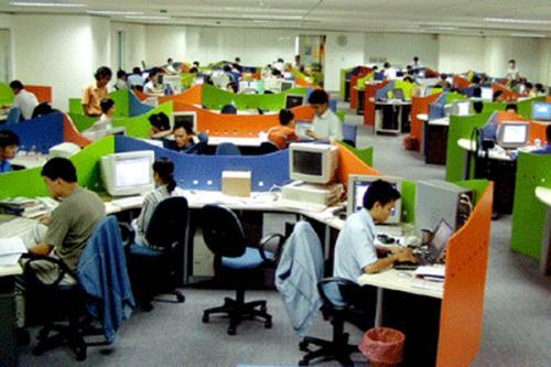 Hiện nay, FPT có 19.000 nhân viên, đồng nghĩa với việc trong tương lai cần 10% nhân sự là người nước ngoài, tương đương 2.000 nhân viên…