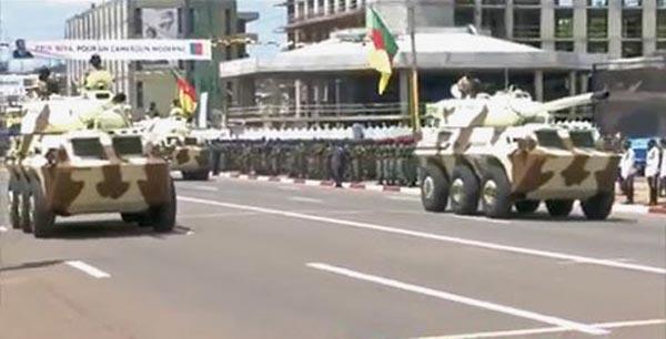 Xe chiến đấu bộ binh Type-07P và xe chiến đấu chống tăng PTL-02 trong cuộc diễu bình ngày 20/05 vừa qua.