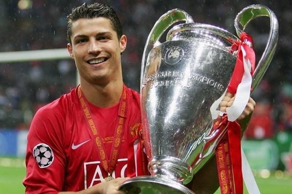 Ronaldo sẽ lại là ông hoàng ở Old Trafford