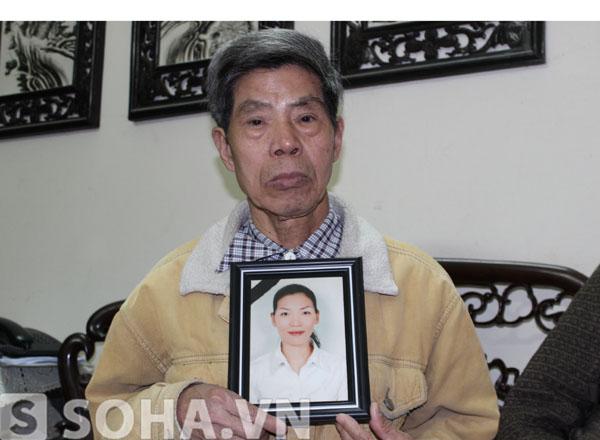 Ông Lê Văn Viễn, bố đẻ chị Huyền.