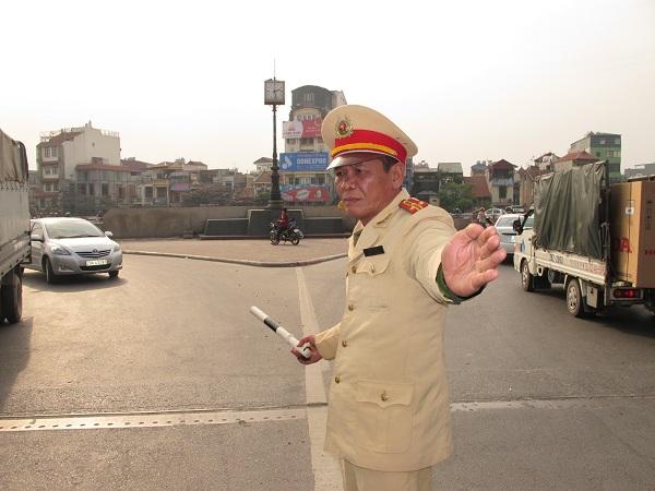 Bâng khuâng về những năm tháng trong nghề nhưng ông chưa trở lại thăm cây cầu gắn với mình gần 20 năm vì với thượng tá Đoàn đã là hoài niệm phải có thời gian