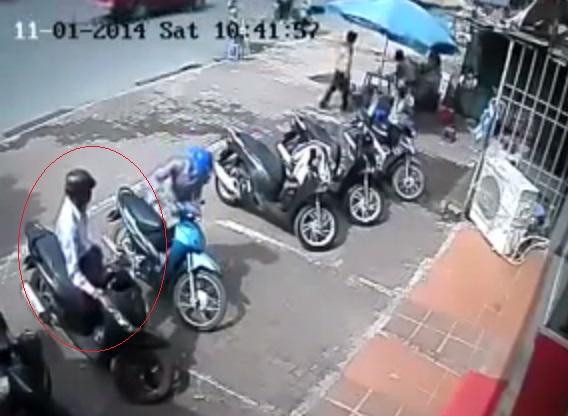Tên trộm chỉ cần 5 giây để thực hiện vụ trộm