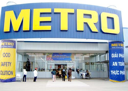 Tỷ phú Charoen thâu tóm Metro Việt Nam với giá 900 triệu USD.