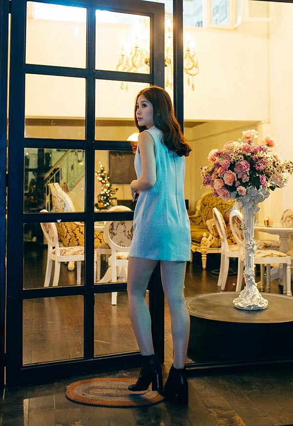 Mới đây, nhiều người bắt gặp Á hậu Diễm Trang âm thầm đi thử váy cưới để chuẩn bị cho hôn lễ diễn ra vào ngày 24/12 tới đây.