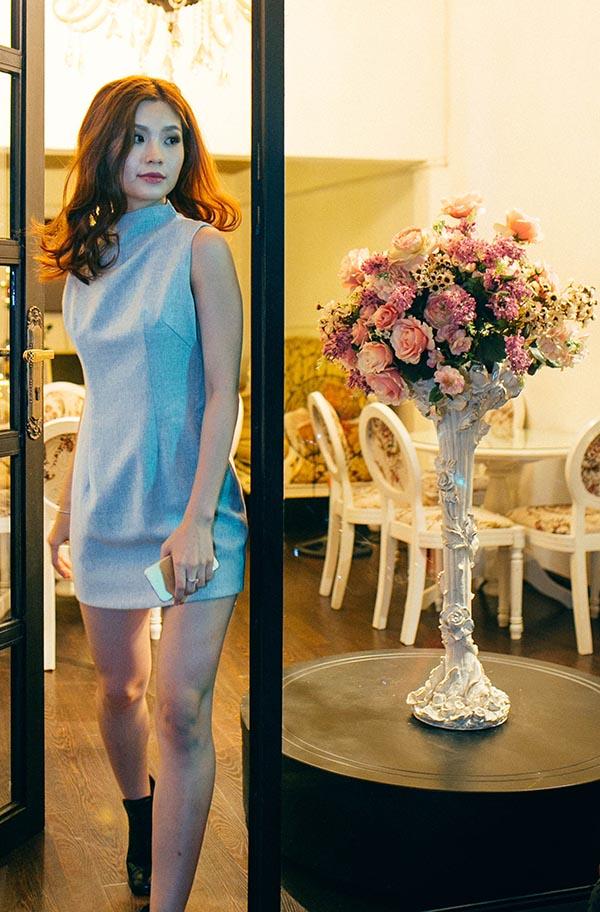 Được biết, do bạn trai doanh nhân đã phải giải quyết nhiều việc cá nhân trước đám cười vì thế Diễm Trang quyết định đi một mình để chọn trang phục cho ngày trọng đại.