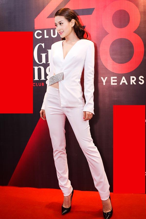 Thời gian qua, Diễm Trang chăm chỉ xuất hiện hơn và cô cũng được đánh giá cao vì gu thời trang, hình ảnh được nâng tầm  rõ rệt so với thời điểm trước.