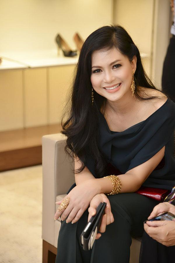 """Diễn viên Thủy Tiên - mẹ chồng kế của Hà Tăng cũng là một trong những nhân tố tạo nên một thế hệ vàng"""" của điện ảnh Việt Nam những năm 90."""