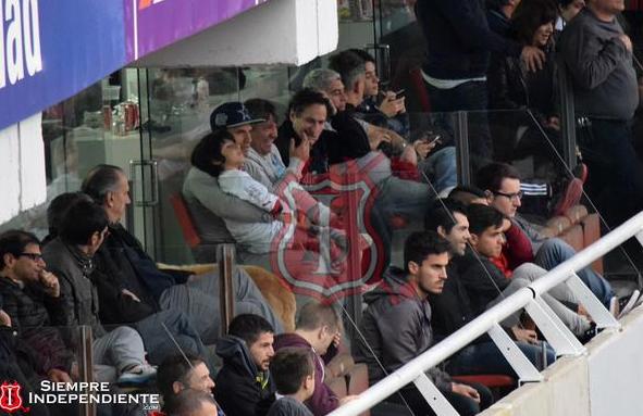 Aguero tới dự khán trận đấu giữa Independiente với Olimpo.