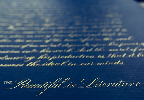 Calligraphy được gọi là nghệ thuật thư pháp phương Tây