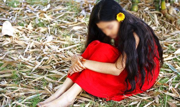 Bé gái 13 tuổi cho hay mình đã bị hãm hiếp. (Ảnh minh họa)