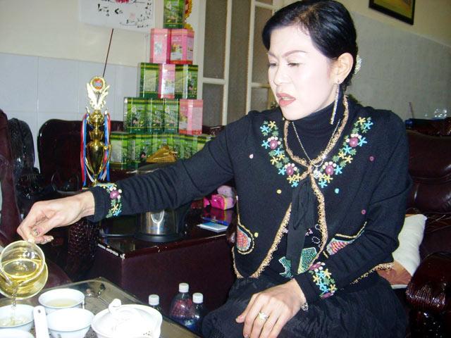 Nữ doanh nhân Hà Linh - Giám đốc Công ty TNHH Hà Linh, Phó Chủ tịch Hội doanh nhân trẻ tỉnh Lâm Đồng