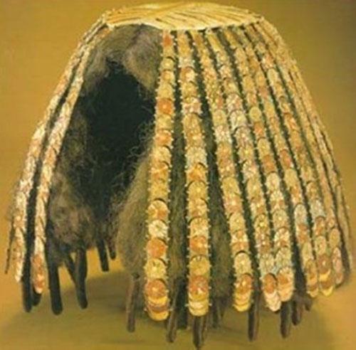Một bộ tóc giả của người Ai Cập cổ.