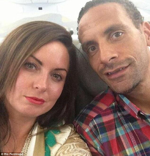 Rio Ferdinand và Rebecca quen nhau từ năm 2000 và kết hôn 9 năm sau đó