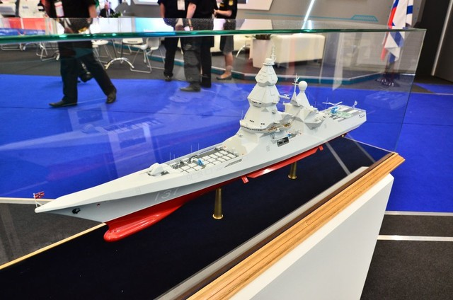 Mô hình tàu khu trục thuộc đề án 23560 lớp Lider (Leader) trưng bày tại diễn đàn quân sự Army-2015