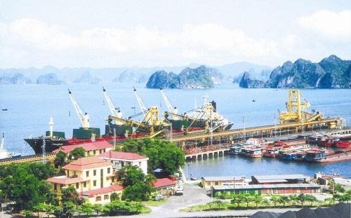 Tập đoàn T&T của ông Đỗ Quang Hiển dự định bỏ 500 tỷ đồng mua gần 100% cổ phần Cảng Quảng Ninh