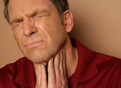Ung thư thực quản có triệu chứng nuốt nghẹn