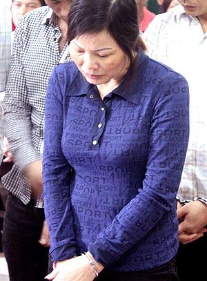 Thuốc độc trong miệng con chồng tố cáo tội ác của bà dì ghẻ - ảnh 2