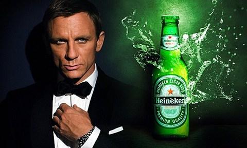 Heineken đầu tư mạnh cho quảng cáo dịp ra mắt phim Điệp viên 007 mới đây.