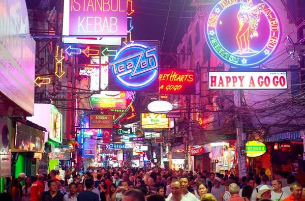 Pattaya, thiên đường tình dục tại Thái Lan.