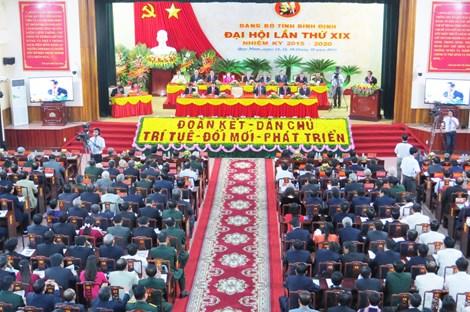 Đại hội Đảng bộ tỉnh Bình Định nhiệm kỳ 2015-2020. Ảnh: TẤN LỘC